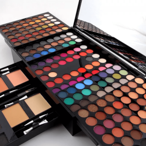 Coffret palette maquillage